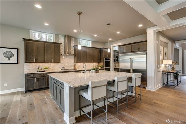 Luxury homes new luxury home in Sammamish Estates