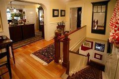 Mansions Gorgeous vineyard property