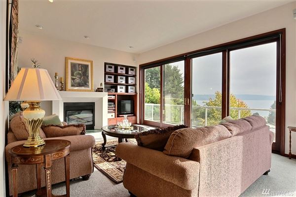 Luxury properties this gorgeous home boasts amazing views