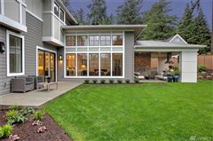 Luxury real estate a stylish home in bellevue