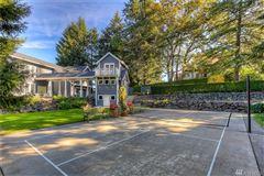 Luxury homes in Custom built home on Lake Steilacoom
