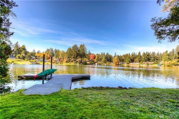 Custom built home on Lake Steilacoom luxury real estate