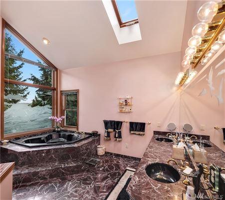 Luxury real estate expansive views on lake washington