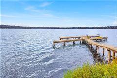 expansive views on lake washington luxury real estate