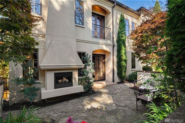 Luxury real estate Magnificent Mediterranean Estate in kirkland
