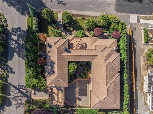 Mansions Magnificent Mediterranean Estate in kirkland