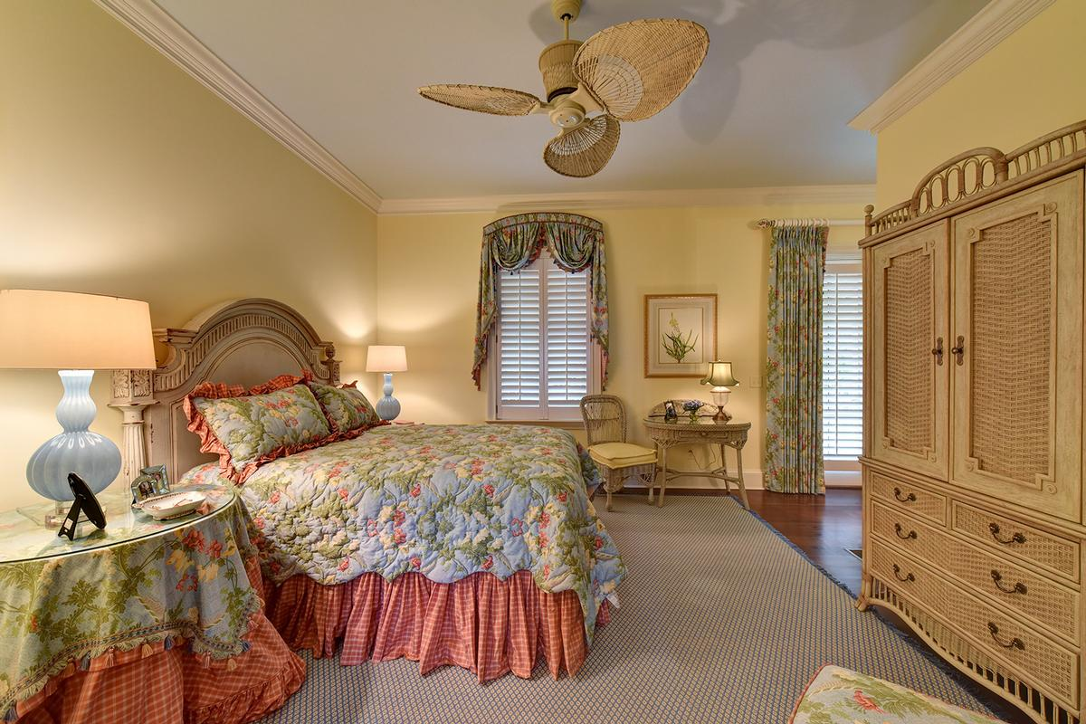 Oceanfront living on Sea Island luxury homes