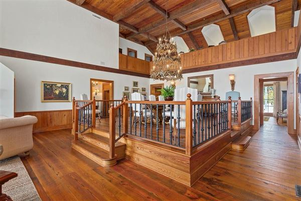 beautiful and secluded sinclair farm luxury real estate
