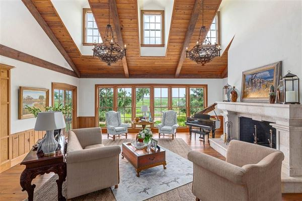 Luxury properties beautiful and secluded sinclair farm