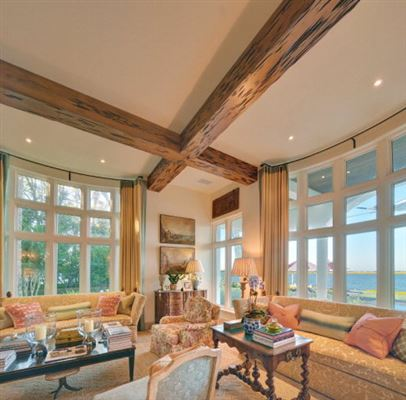 Luxury homes magnificent and uniquely sited on sea island