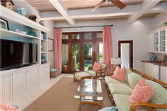 Luxury homes in exclusive four bedroom ocean cottage