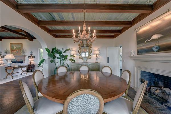 Luxury homes true one-of-a-kind oceanfront cottage