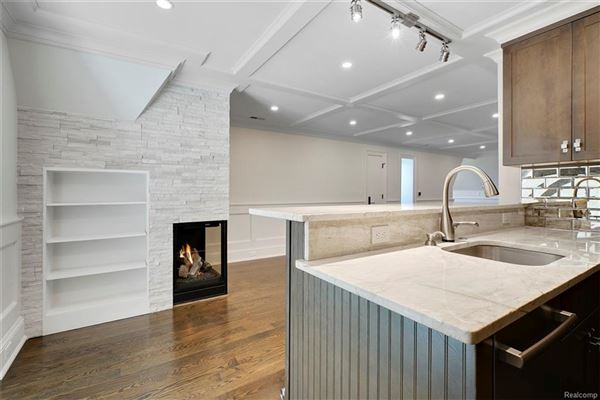 luxurious new home overlooks idyllic quarton lake luxury real estate