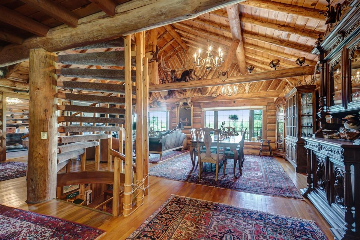 Luxury properties One of Michigan's most breathtaking 900 acre properties