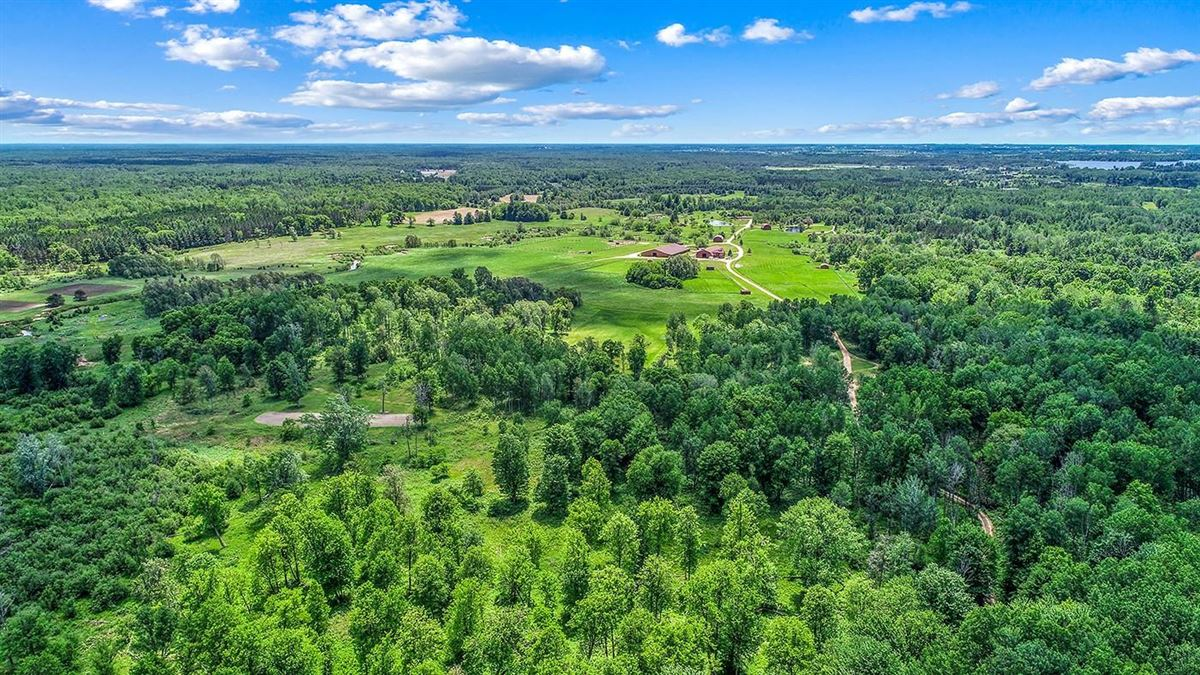 Mansions in One of Michigan's most breathtaking 900 acre properties