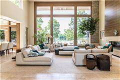 Luxury real estate casually elegant luxury lakefront living