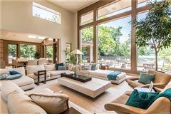 casually elegant luxury lakefront living luxury real estate