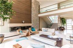 casually elegant luxury lakefront living luxury properties