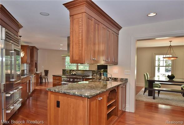 Luxury homes stunning contemporary colonial overlooking the rouge river