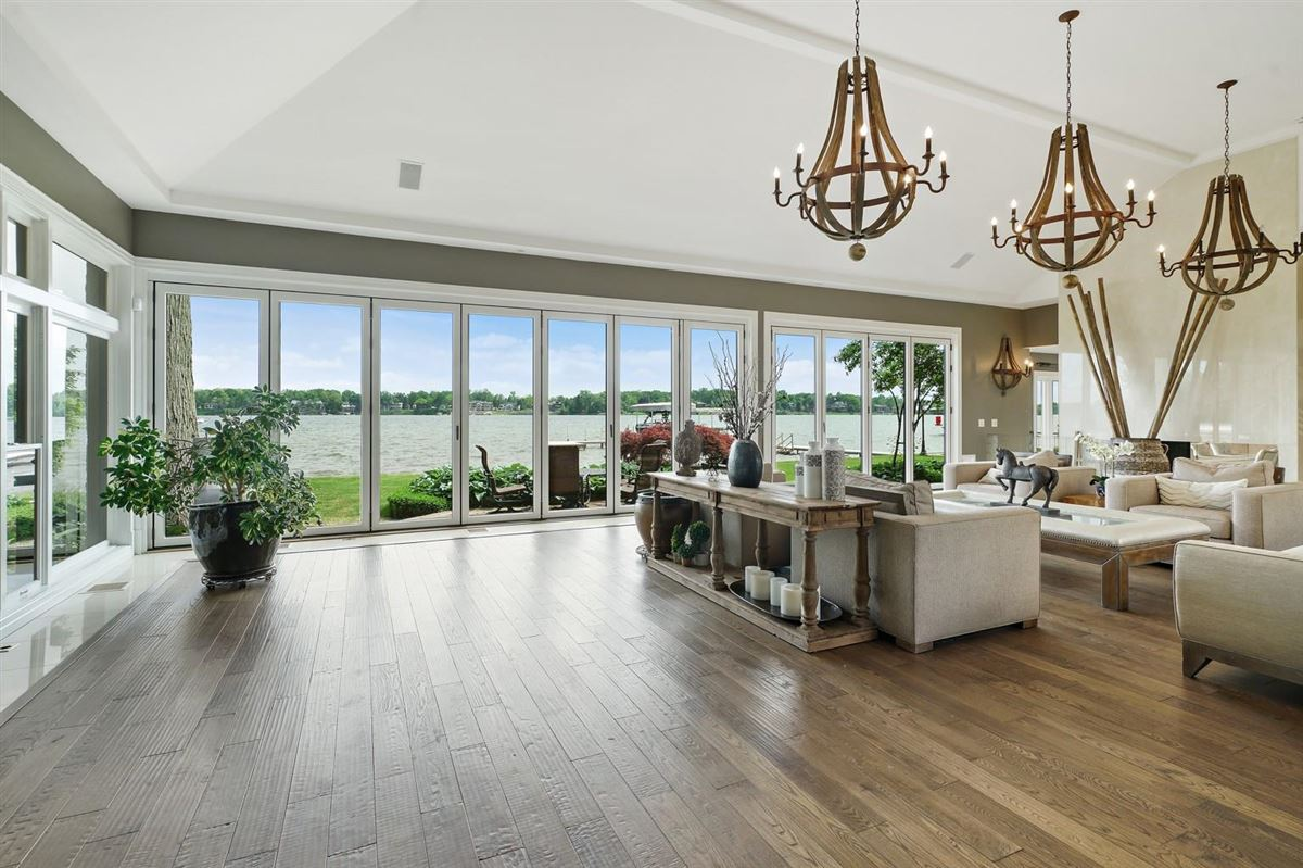 Luxury real estate Completely remodeled waterfront home