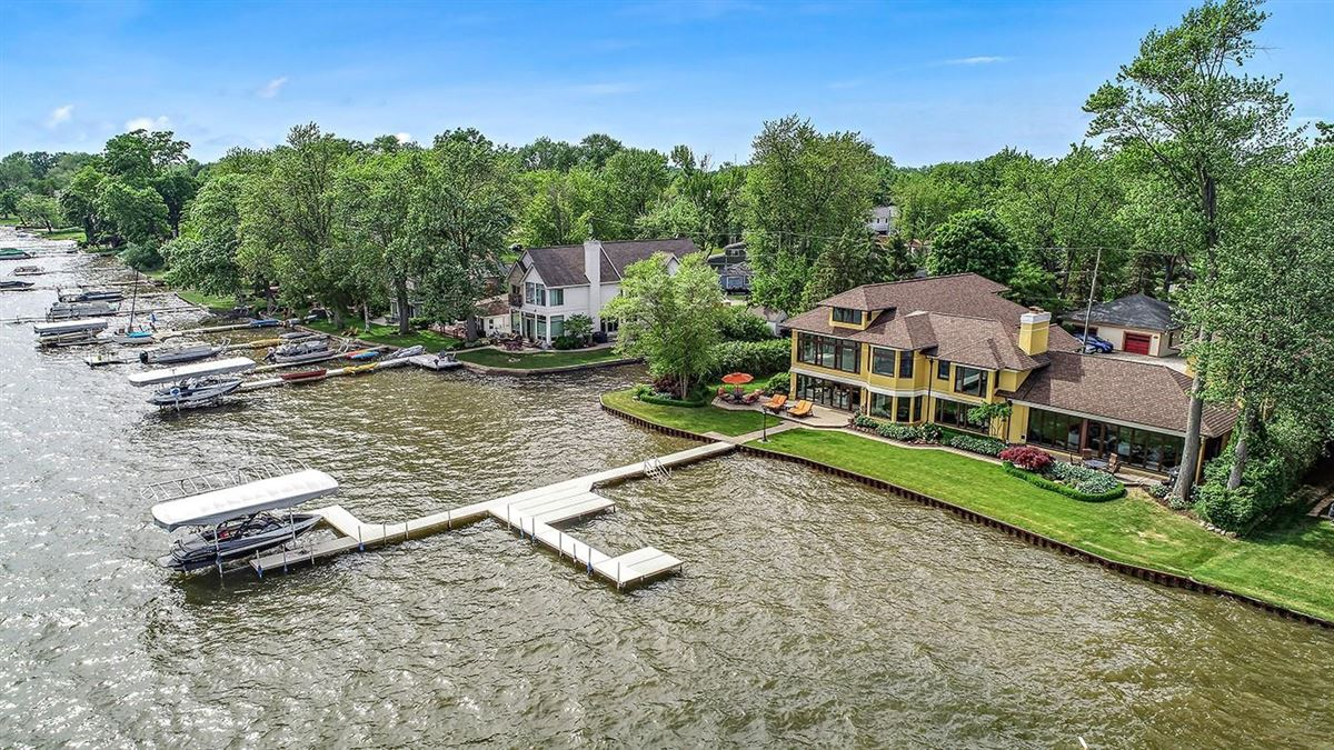 Completely remodeled waterfront home mansions