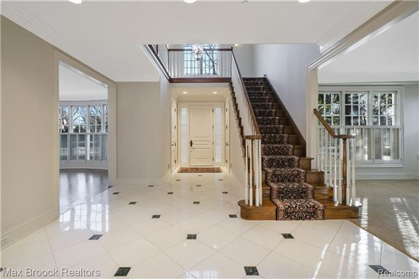 Luxury homes Stately Birmingham home located on prominent street
