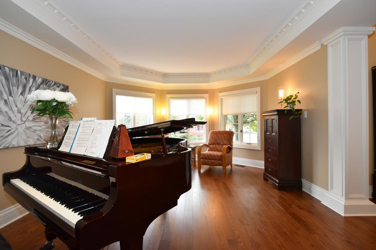 741 Rothesay Avenue luxury properties