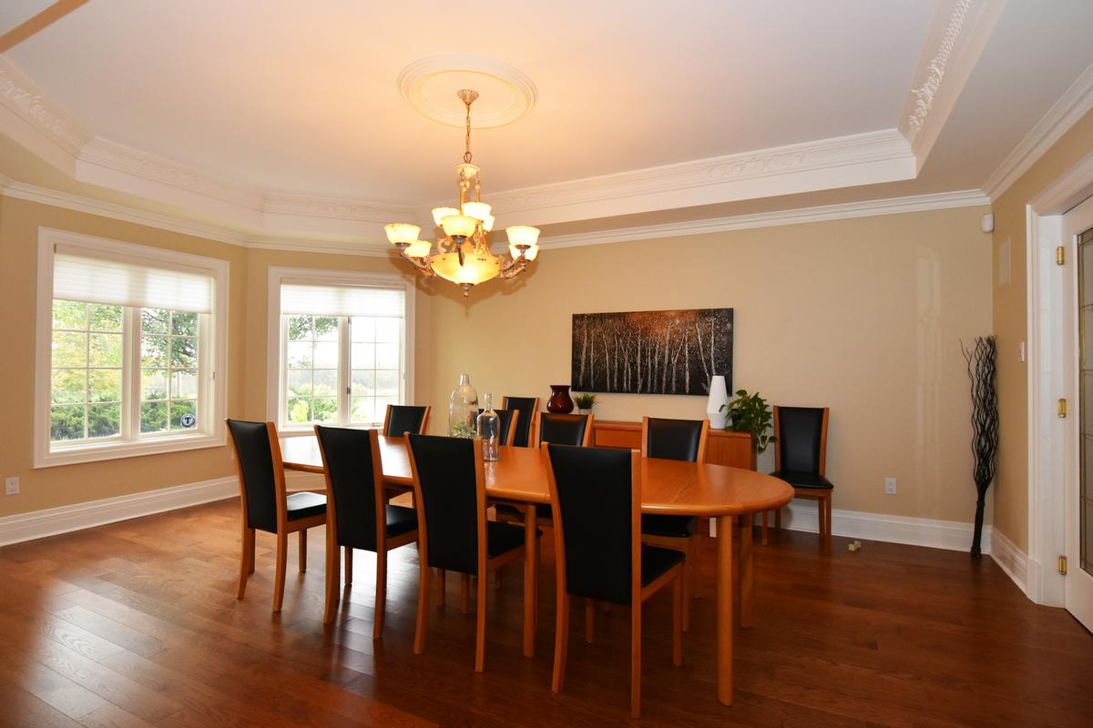Luxury homes in 741 Rothesay Avenue