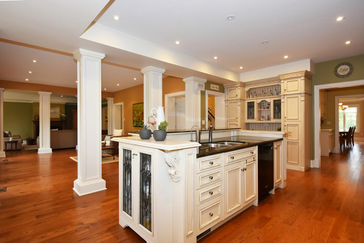 Mansions 741 Rothesay Avenue