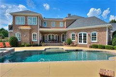 Luxury homes in a spectacular equestrian estate