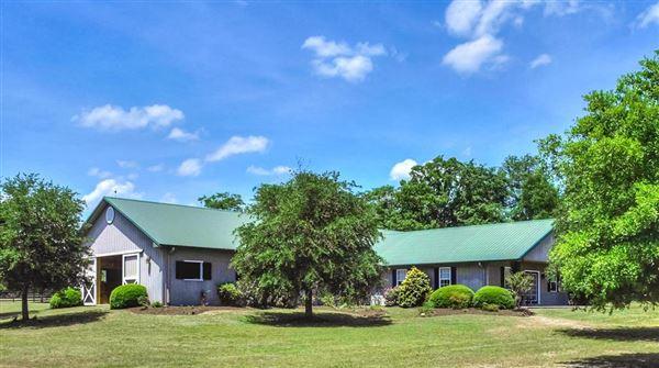 Mansions Lovely horse farm