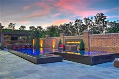 Luxury properties The Iconic Baron Club