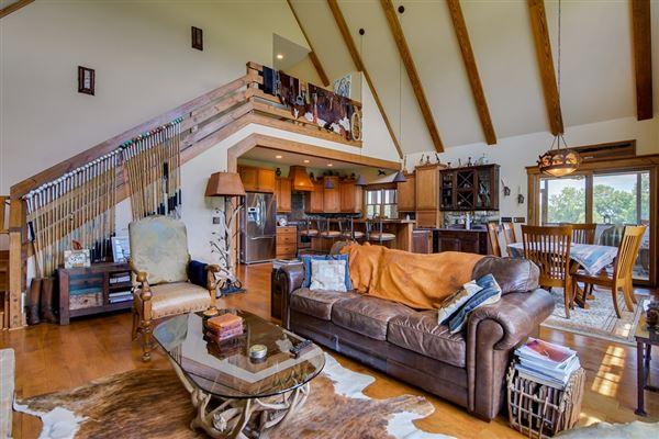 Luxury homes superior interior finishes