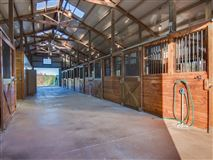 nearly perfect 74 plus acre equestrian estate mansions