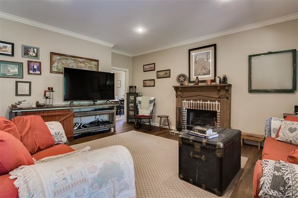 Luxury properties  turnkey equestrian property