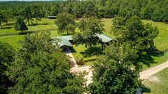 Luxury homes in  turnkey equestrian property