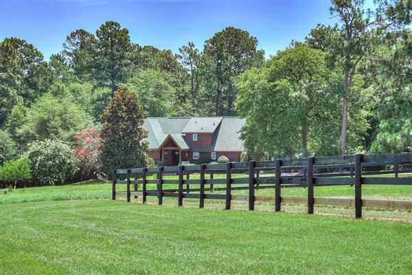 turnkey equestrian property luxury properties