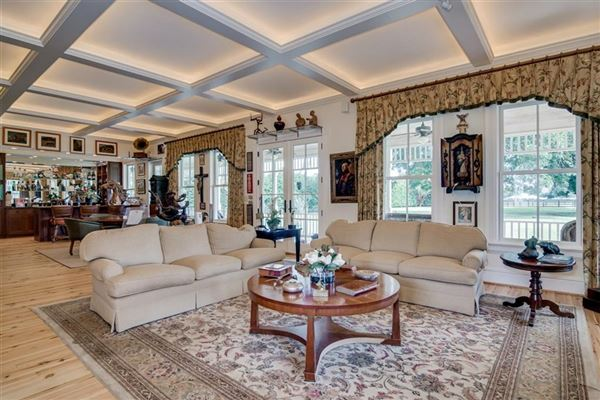 Luxury properties Exceptional and Gorgeous Historic Home