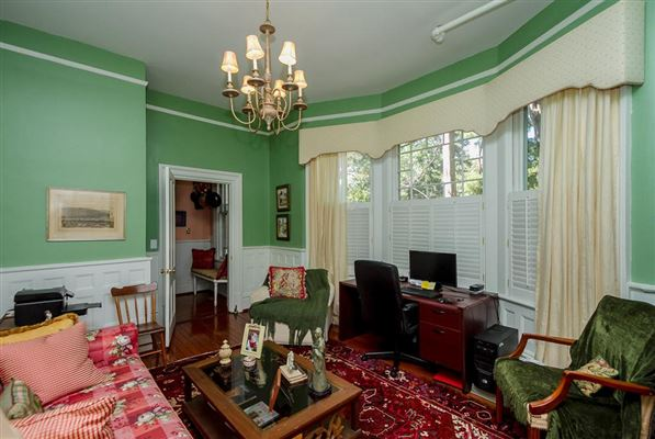 Historic ONE ACRE FARM luxury homes