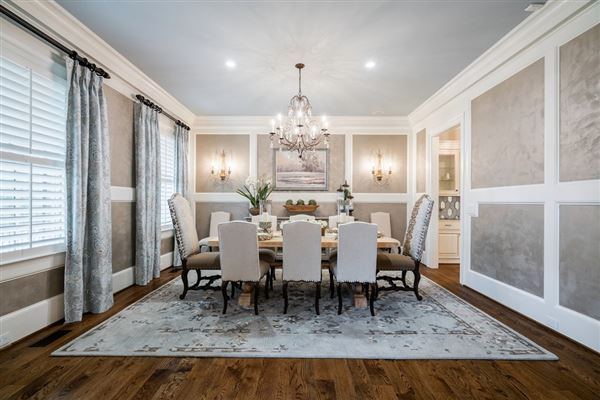 Luxury real estate Stunning estate with high end finishes