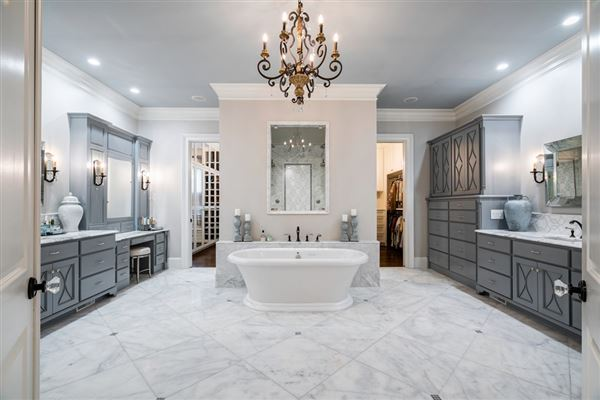 Stunning estate with high end finishes luxury real estate