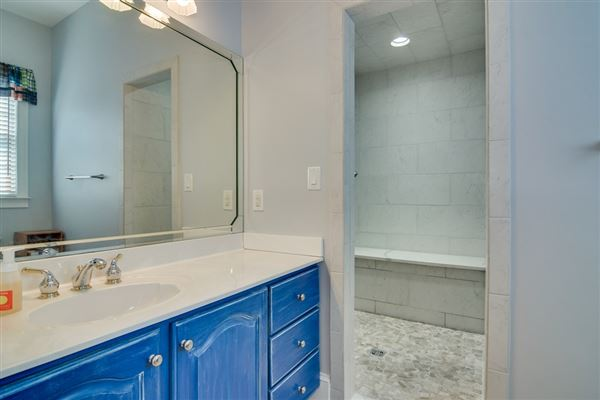 Regal Property in Rivernorth mansions