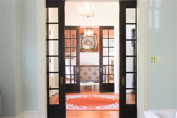 Luxury real estate extensively renovated 1916 Georgian Estate