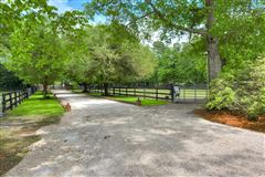 Luxury homes One of a kind Horse District property