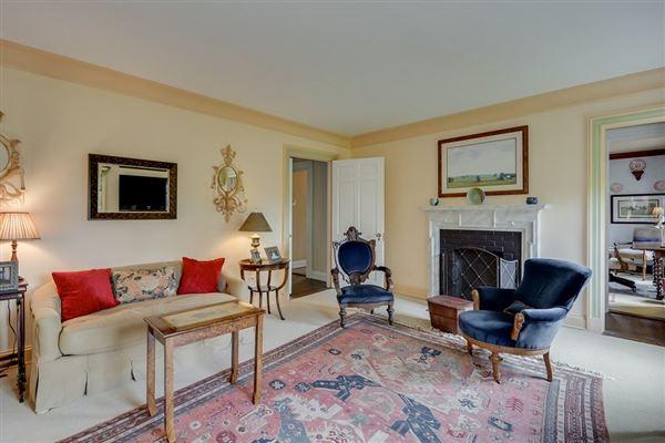 Mansions in  Timeless Elegance in aiken