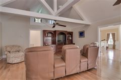Beautiful farm property includes a guest house luxury homes
