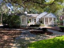 Hidden Stables luxury properties