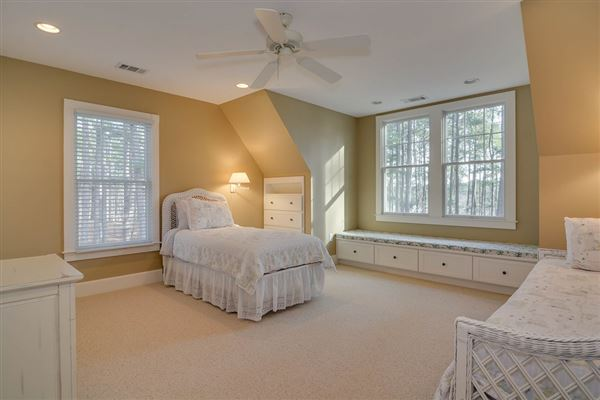 Columbia County lake living at its finest luxury properties