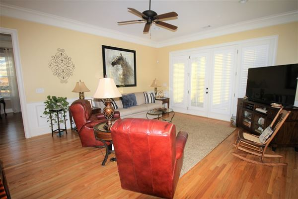 beautiful home and attached guest house luxury real estate
