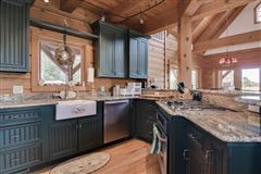 Luxury real estate 51-plus acre horse farm with custom post-n-beam home
